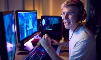 How do I become a professional in esports?